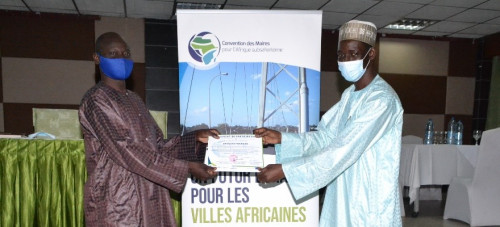 Public lighting in Cameroon:  Finding a balance between economy and ecology
